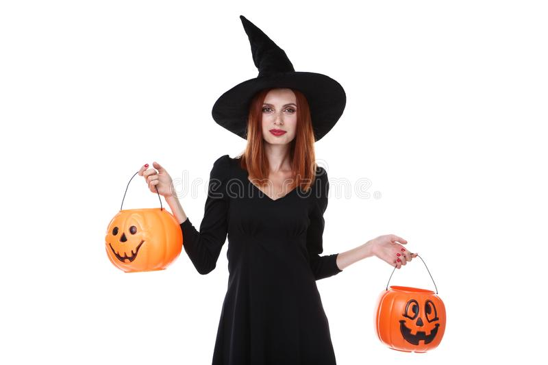 Redhaired kvinna i den halloween dräkten royaltyfri fotografi