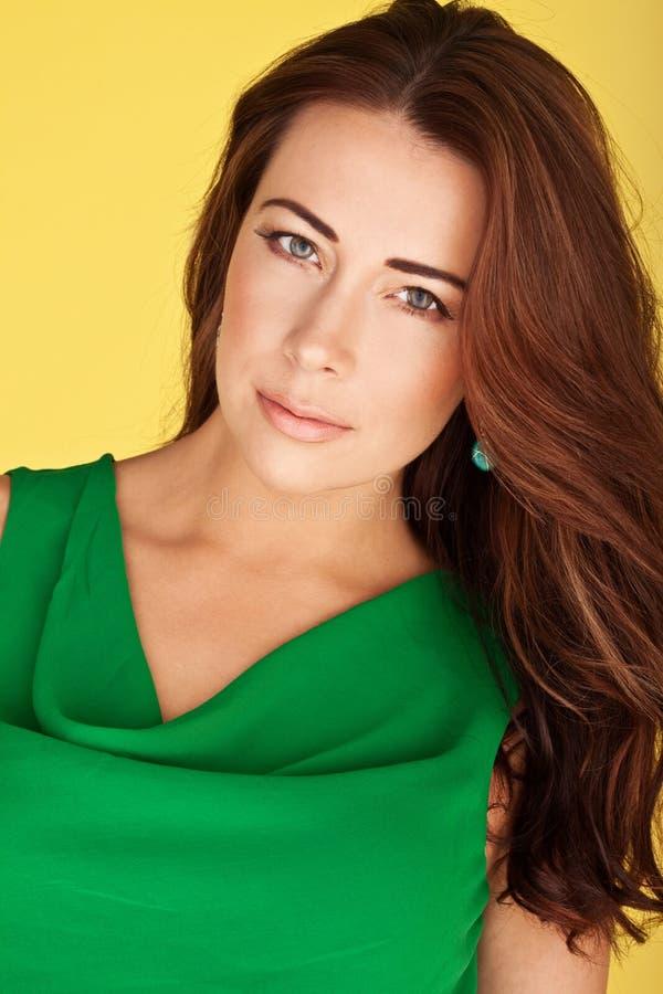 redhead красивейшего цвета лица симпатичный стоковое изображение