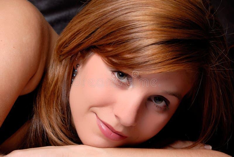 Redhead atractivo fotografía de archivo libre de regalías