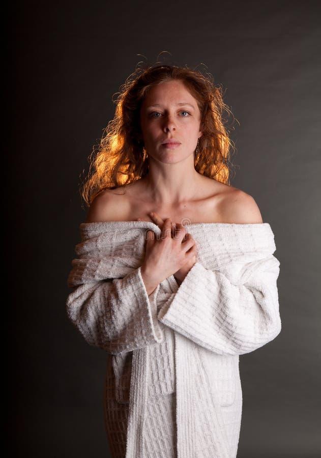 Redhead desnudo fotos de archivo libres de regalías
