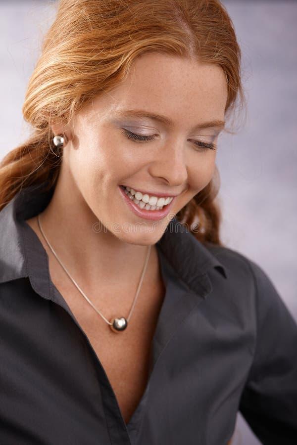 Redhead feliz esperto imagem de stock