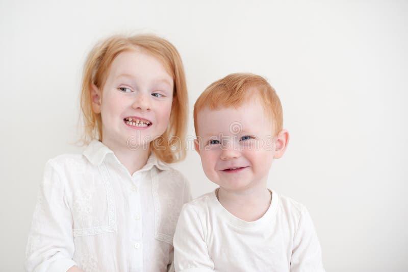 Redheaded śmieszni dzieciaki zdjęcie stock