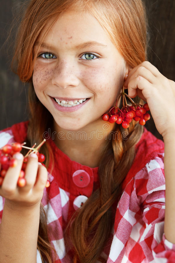 Download Redheaded Child Royalty Free Stock Photography - Image: 32900157