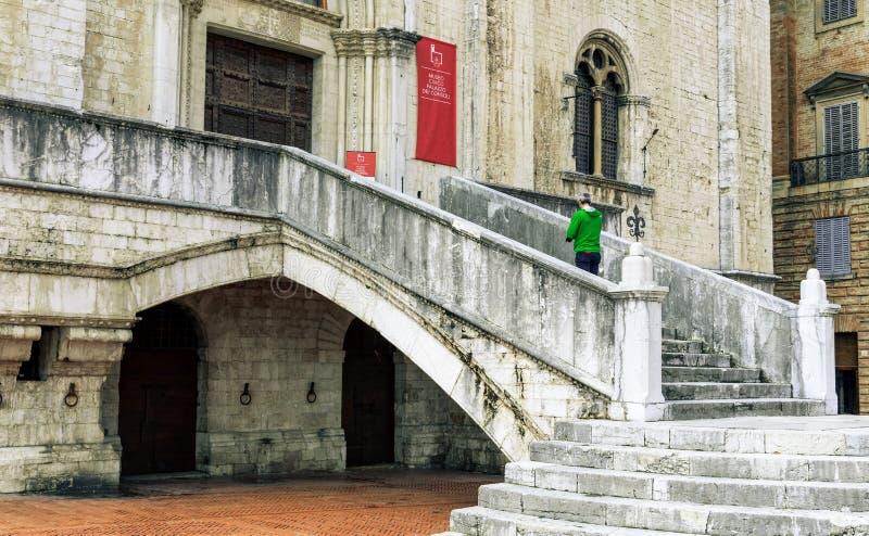 ?redniowieczny Palazzo dei Consoli w Gubbio, W?ochy zdjęcia stock