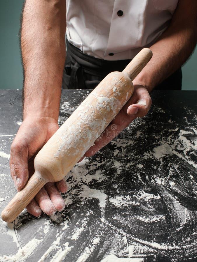 Redskap för kök för kockmatlagningbakelse rullande royaltyfria bilder