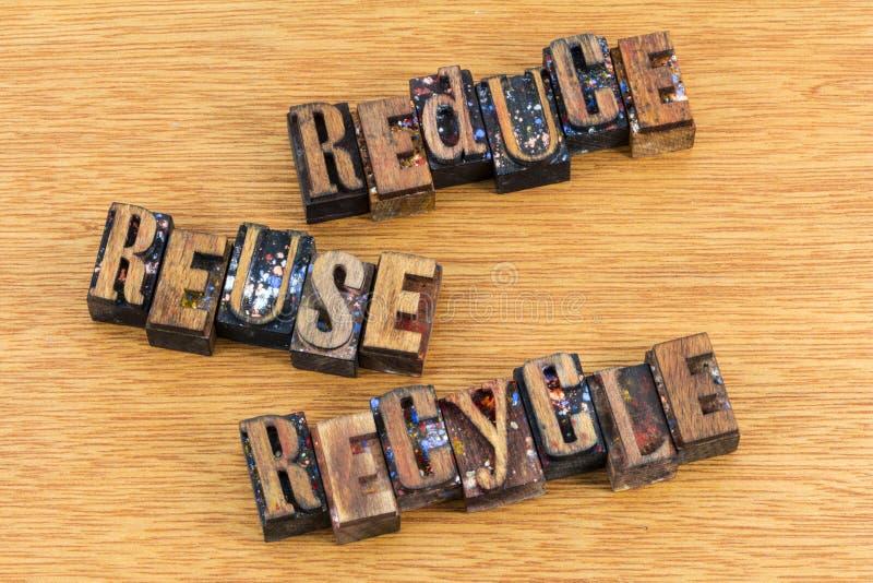 Reduzca la reutilización reciclan el mensaje del activismo imagen de archivo