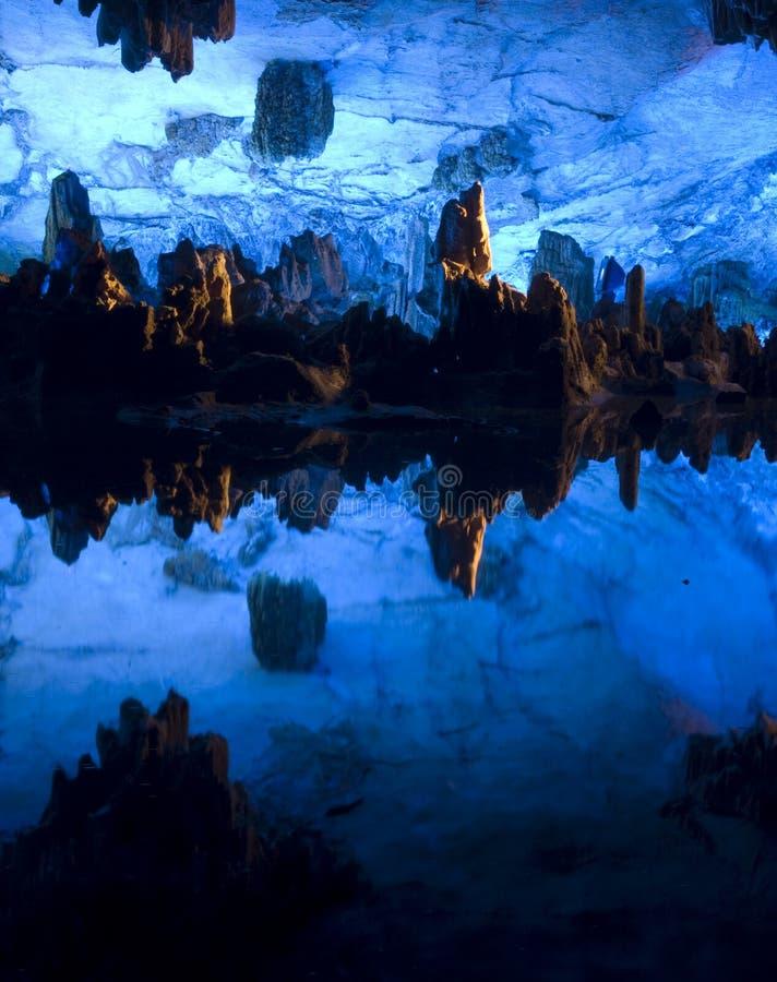 Reedflötehöhle, Guilin, China stockfoto