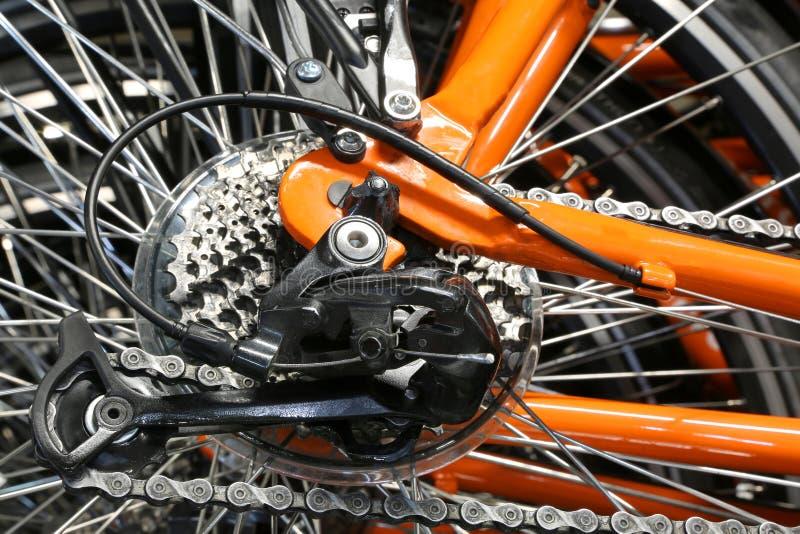 Reeks achtertanden en een derailleur van een fiets stock afbeeldingen