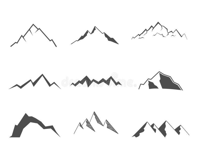 Reeks bergelementen Openluchtpictogram Getrokken hand stock illustratie