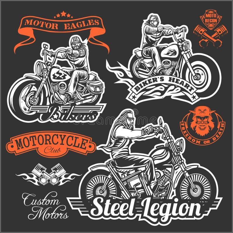 Reeks de Uitstekende drukken, de emblemen, de etiketten, de kentekens en emblemen van de motorfietst-shirt Zwart-wit stijl royalty-vrije illustratie