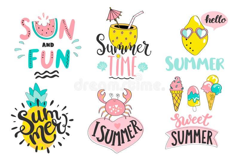 Reeks de zomer handdrawn etiketten, emblemen, markeringen, elementen vector illustratie