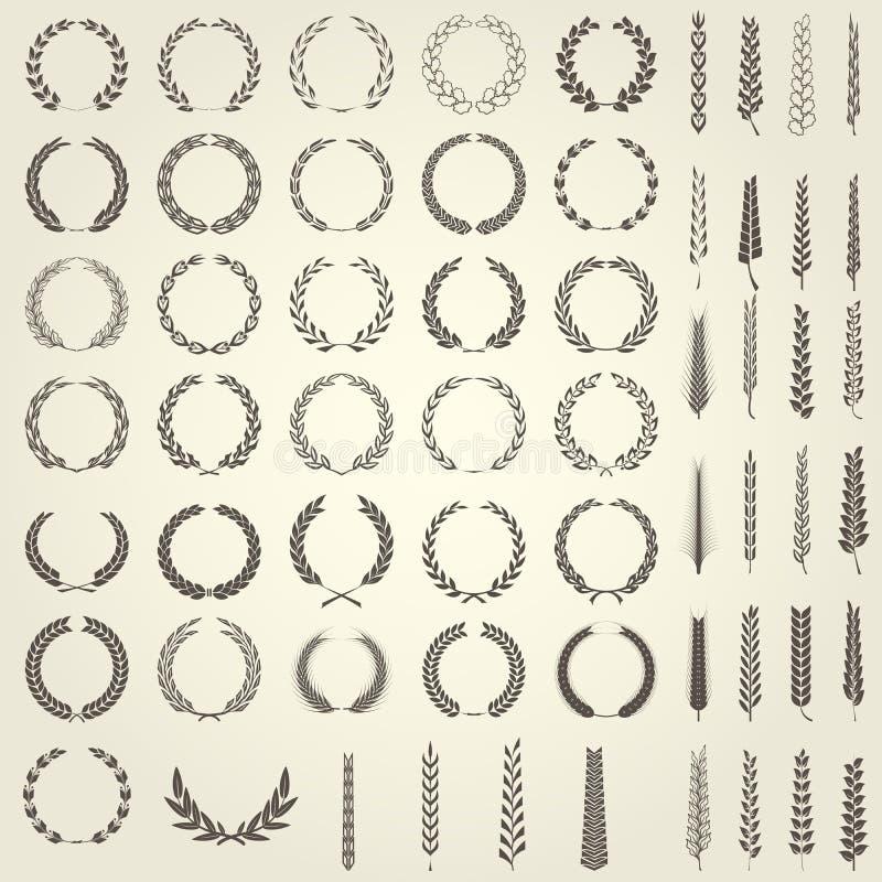 Reeks Laurel Wreaths en oren van tarwe in heraldische stijl stock illustratie