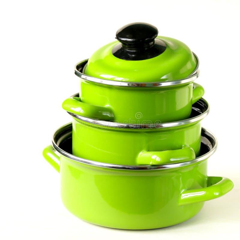 Reeks metaal groene potten stock foto