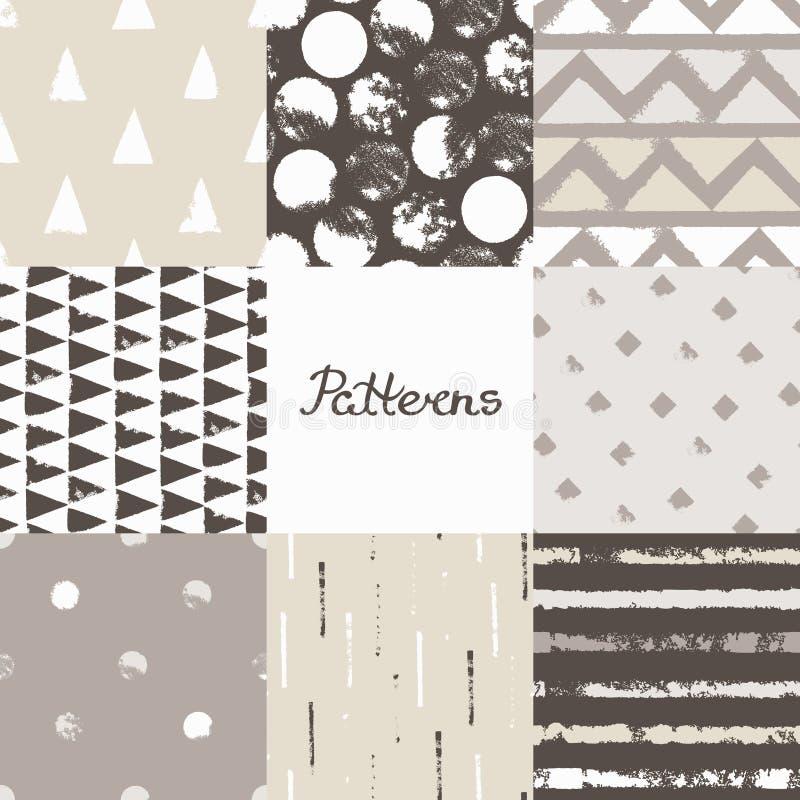 Reeks naadloze patronen met geometrische ontwerpen De ruitstreep van de cirkeldriehoek in beige grijs-wit Getrokken hand vector illustratie
