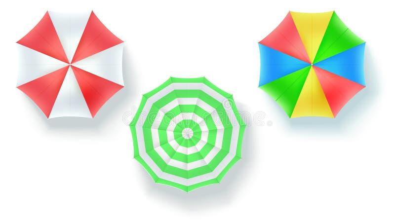 Reeks paraplu's van de strandzon op witte achtergrond, hoogste mening wordt geïsoleerd die De vectorpictogrammen in Vlakte leggen royalty-vrije illustratie
