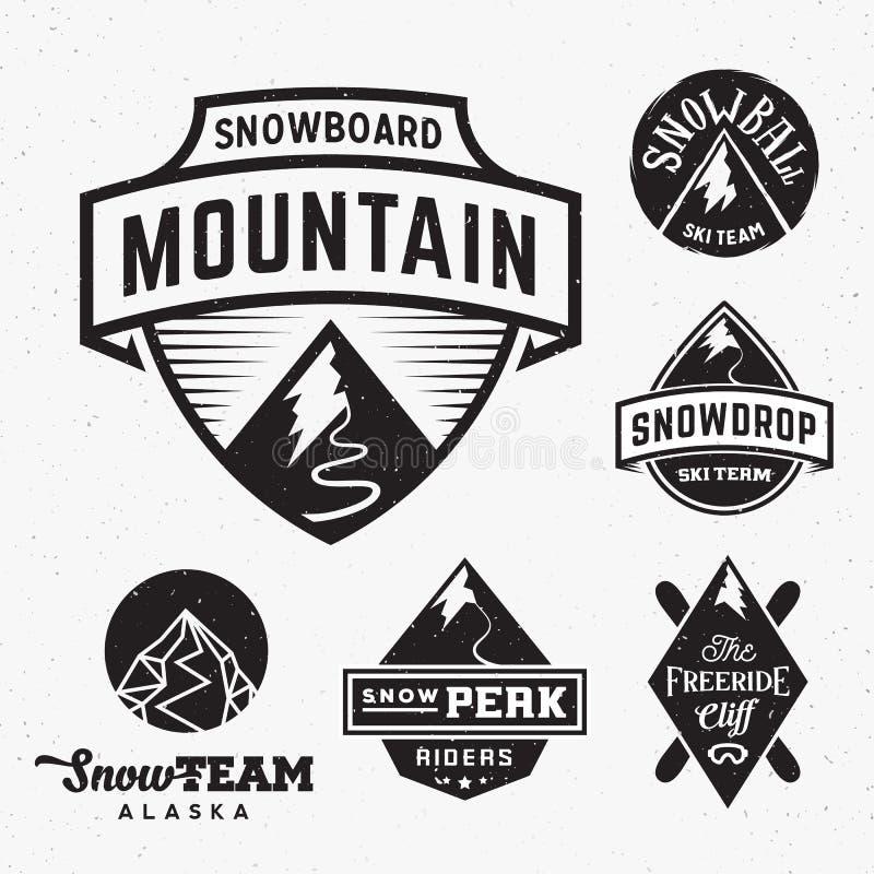 Reeks Ski Snowboard Snow Mountains Sport-Emblemen of royalty-vrije illustratie