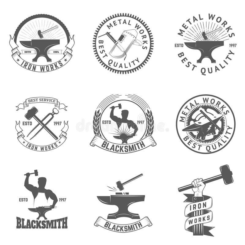 Reeks smid, de etiketten van de ijzerwerken, kentekens en ontwerpelementen vector illustratie