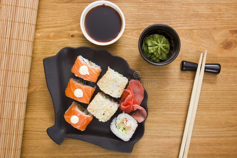 Reeks sushi en broodjes stock fotografie