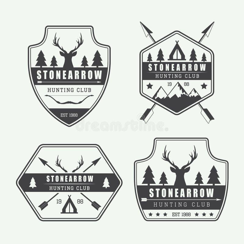 Reeks uitstekende de jachtetiketten, emblemen en kentekens vector illustratie
