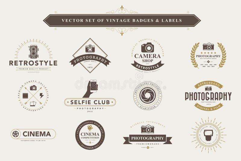 Reeks uitstekende kentekens en etiketten vector illustratie