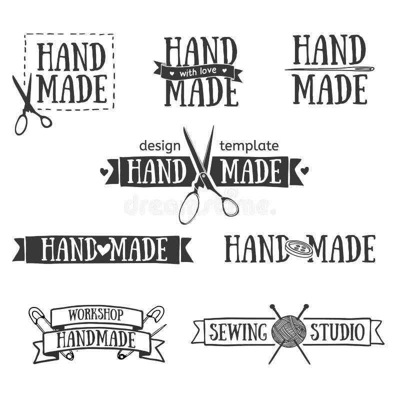 Reeks uitstekende retro met de hand gemaakte kentekens, etiketten en royalty-vrije illustratie