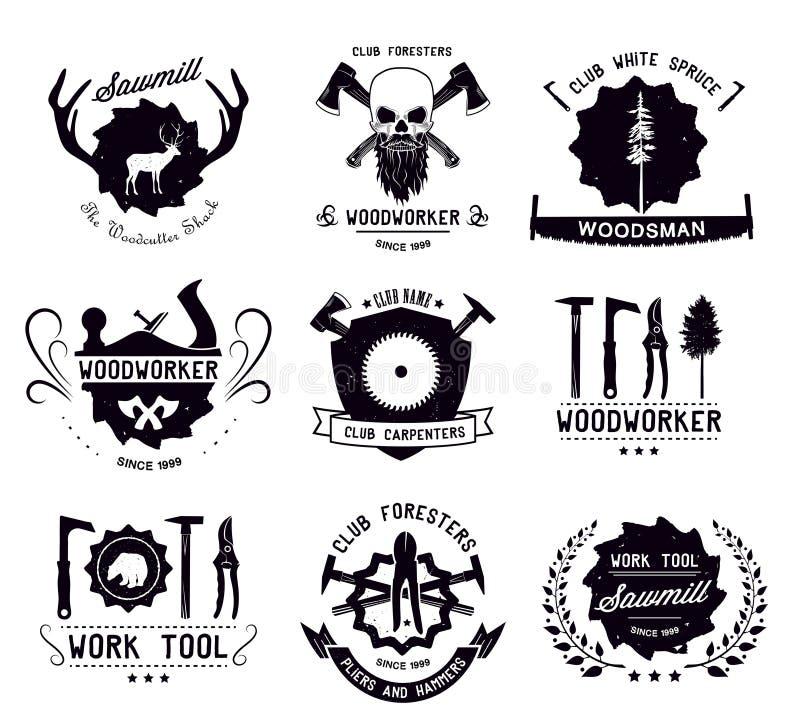 Reeks uitstekende timmerwerkhulpmiddelen en houtvesters Emblemen, emblemen en ontwerpelementen stock illustratie