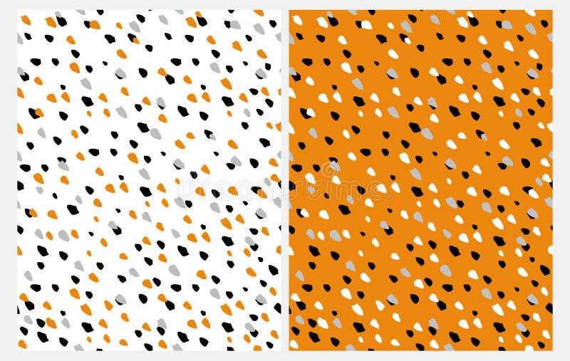 Reeks van 2 Abstracte Naadloze Vectorpatronen met Hand Getrokken Irrgegular-Punten op een Witte en Oranje Achtergrond stock illustratie