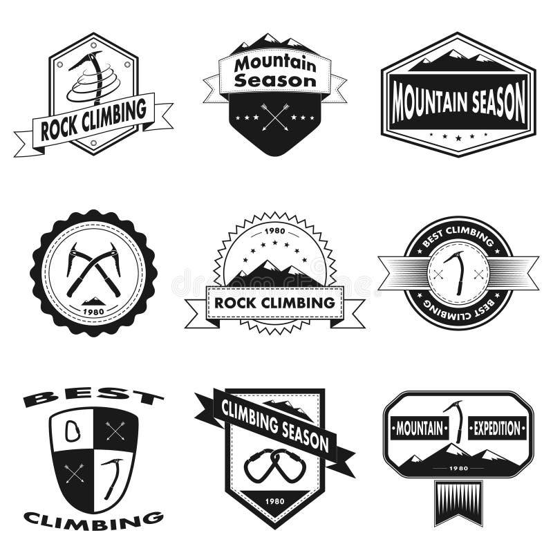 Reeks van berg en het beklimmen van emblemen stock illustratie