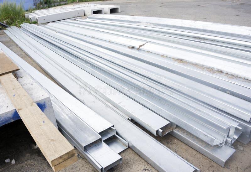 Reeks van de bouw van profielen, staalprofielen voor reparatie, bouwwerkzaamheden stock foto