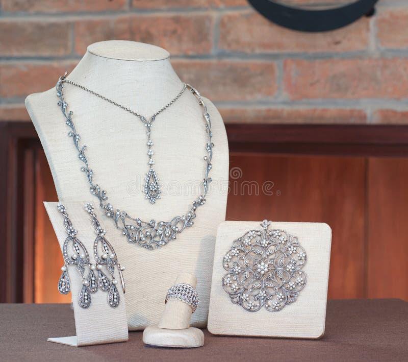Reeks van diamantjuwelen royalty-vrije stock afbeeldingen