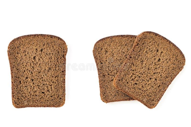 Reeks van gesneden van roggebrood, die op een witte achtergrond wordt geïsoleerd Hoogste mening royalty-vrije stock afbeelding