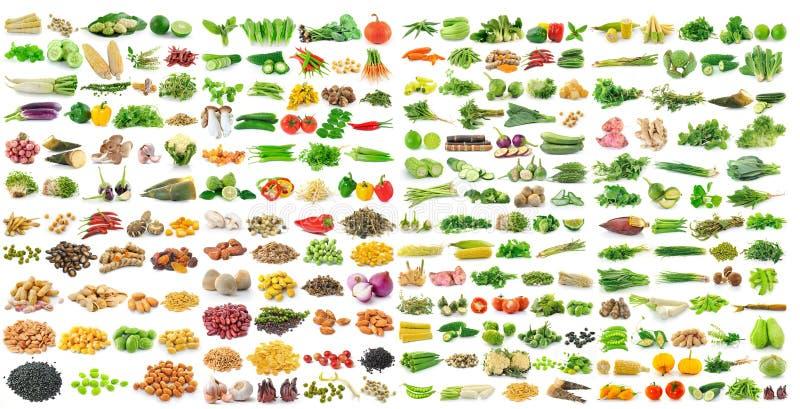 Reeks van korrels en groente op witte achtergrond stock fotografie