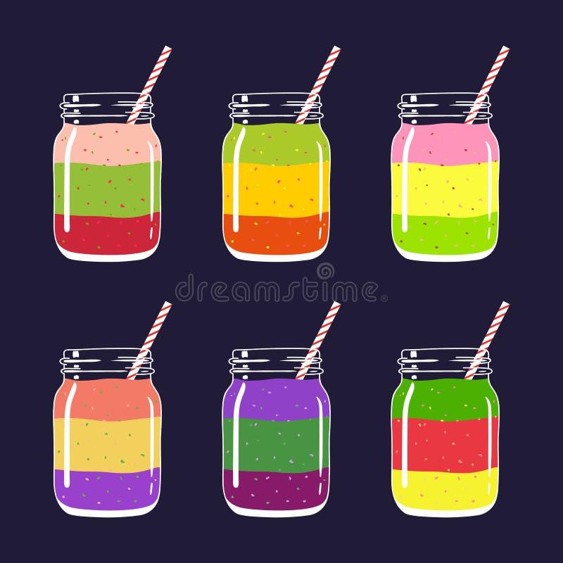 Reeks van verschillende vers fruit 6 en bes gelaagd smoothies in metselaarkruiken met stro stock illustratie