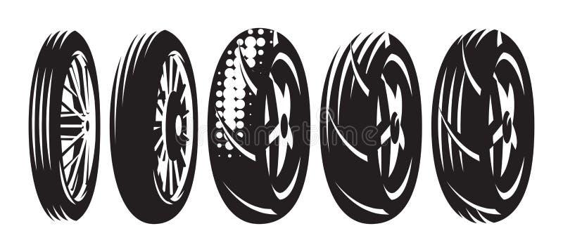 Reeks vector zwart-wit malplaatjes van diverse motorfietswielen stock illustratie