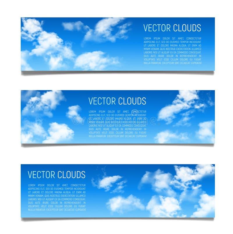Reeks vectorbanners met blauwe hemel en realistische wolken stock illustratie