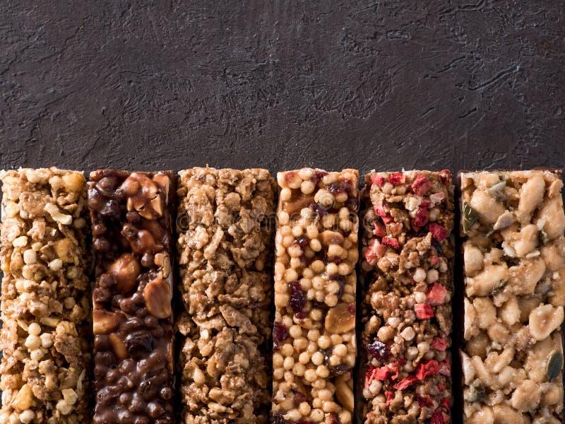 Reeks verschillende granolabars royalty-vrije stock afbeeldingen