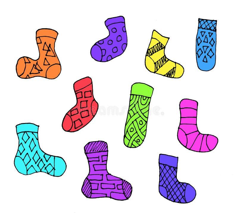 Reeks verschillende sokken van het krabbeloverzicht die op witte achtergrond wordt geïsoleerd Reeks van tien kleurrijke sokken royalty-vrije illustratie