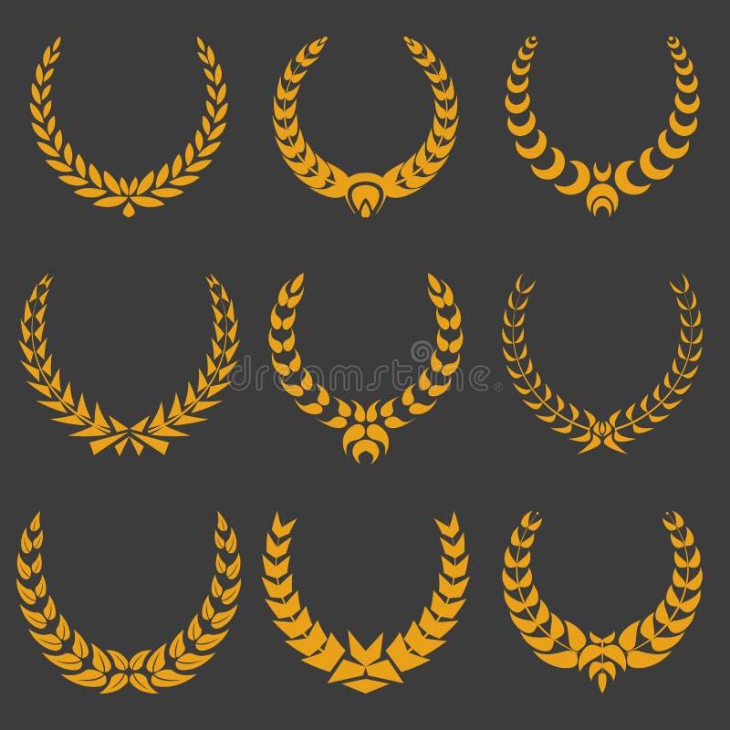 Reeks zwart-wit vectorkronen royalty-vrije illustratie