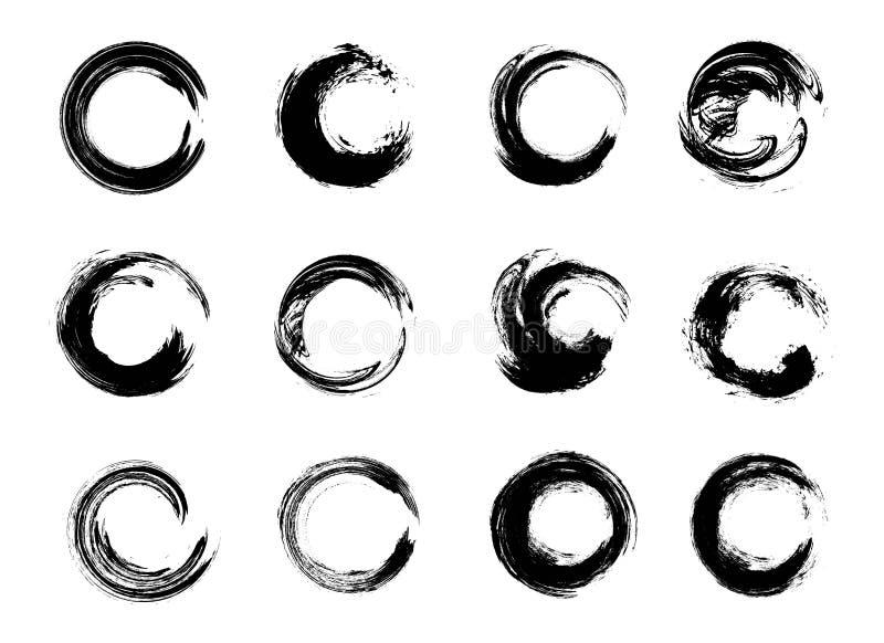 Reeks Zwarte Grunge-Cirkelvlekken Vector illustratie Hand Getrokken Enso Zen Ink Circles Collection royalty-vrije illustratie