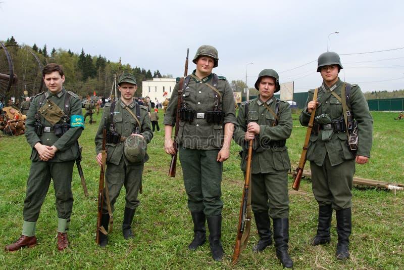 Reenactment событий Второй Мировой Войны стоковые изображения