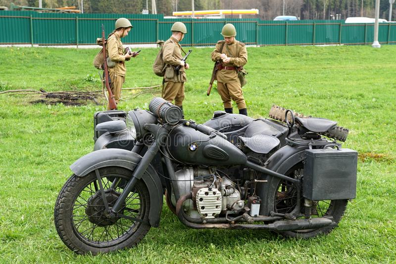 Reenactment av händelser för världskrig II royaltyfri fotografi
