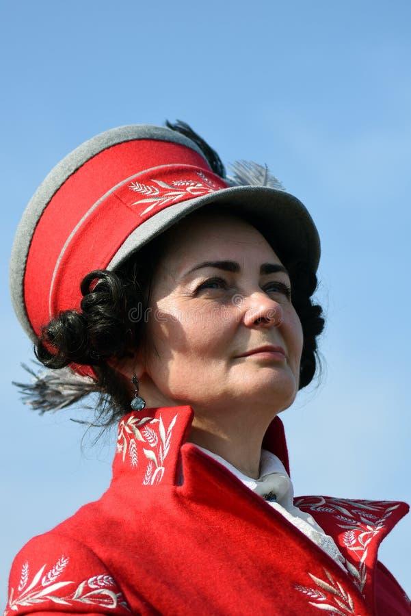 Reenactor de femme à la reconstitution historique de bataille de Borodino en Russie photos libres de droits