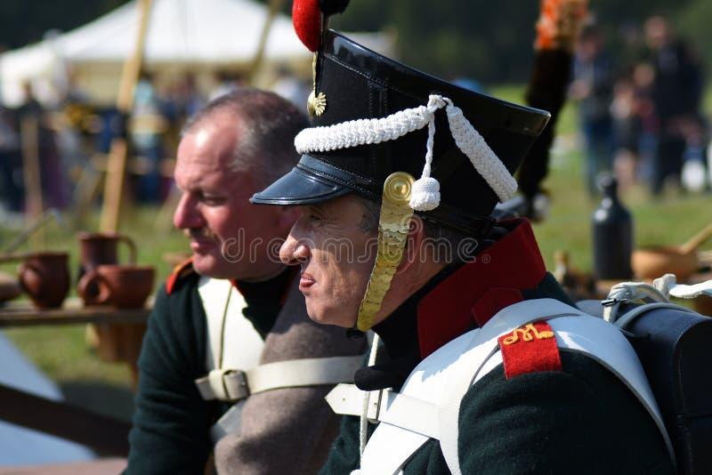 Reenactors à la reconstitution historique de bataille de Borodino en Russie images stock
