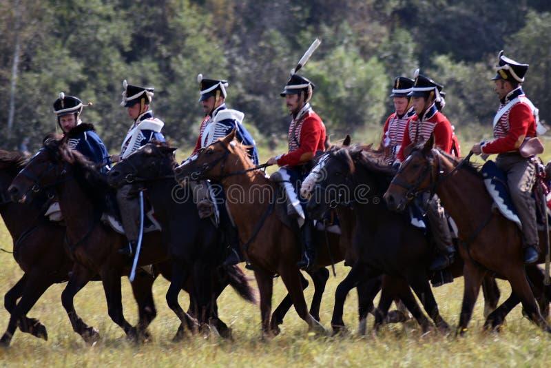 Reenactors à la reconstitution historique de bataille de Borodino en Russie image libre de droits