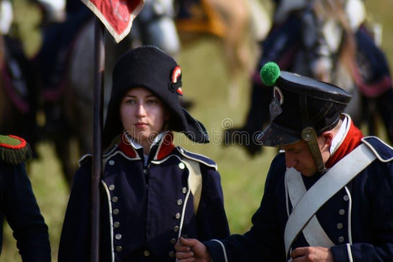 Reenactors à la reconstitution historique de bataille de Borodino en Russie images libres de droits