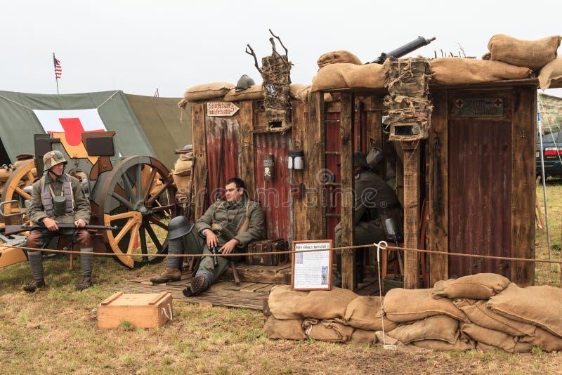 Reenactors войны одетые как солдаты немца Первая мировой войны стоковое изображение rf