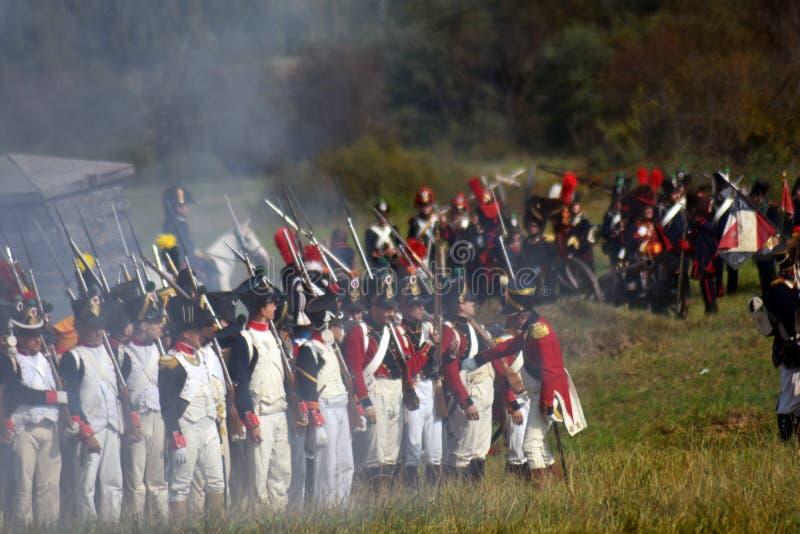 Reenactors ? la reconstitution historique de bataille de Borodino en Russie photographie stock libre de droits