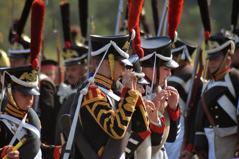 Reenactors no reenactment hist?rico da batalha de Borodino em R?ssia imagens de stock royalty free