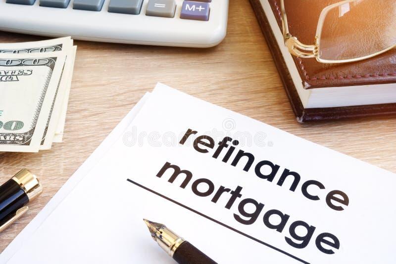 Refinancez la demande de prêt hypothécaire d'hypothèque images stock