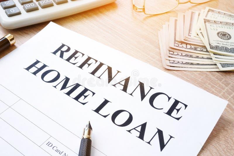 Refinancie a aplicação de empréstimo hipotecario fotografia de stock